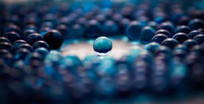 blue-abstract-glass-balls-sml.jpg